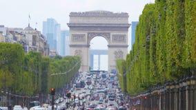 Champs-Elysees sikt med trafik, dagtid, paris, Frankrike, 4k stock video