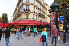 Champs Elysees Tourists Royalty Free Stock Photo