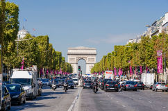 Champs-Elysees trafik Royaltyfria Foton