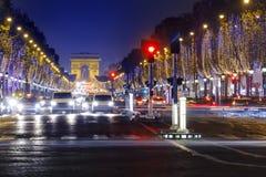 Champs-Elysees y Arco del Triunfo imagen de archivo