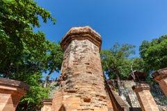 Chamtürme von PO Nagar Berühmter Palast in Nhatrang, Vietnam lizenzfreie stockbilder