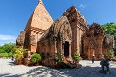 Chamtürme von PO Nagar Berühmter Palast in Nhatrang, Vietnam stockbild