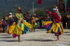 Chamtanz bei Puja, Bumthang, Mittel-Bhutan stockfotografie