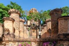 Chamtorens van po Nagar Beroemd paleis in Nhatrang, Vietnam Royalty-vrije Stock Afbeeldingen
