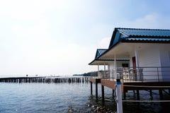 Chan Le Resort Seashore bredvid det blåa havet i golfen av Thailand Arkivbild
