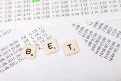 Chancen für das Wetten mit gewetteter Buchstabemitteilung stockbild