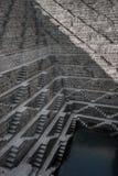 Chand Baori, um dos stepwells os mais profundos em India imagem de stock