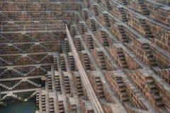 Chand Baori, um dos stepwells os mais profundos na Índia fotografia de stock royalty free