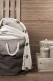 Chandails empilés dans le panier de tissu Photos libres de droits