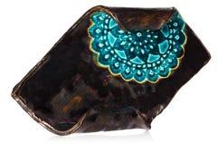 Chandelier fait main en céramique avec le modèle décoratif bleu stand Images stock