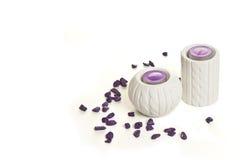 Chandeliers blancs avec les pierres pourpres Image libre de droits