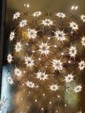 Chandeller som hänger från taket royaltyfria foton