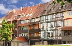 Chandler brug Erfurt met helft-Betimmerde huizen Stock Fotografie