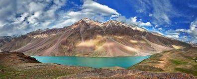 Chandra Tal湖在喜马拉雅山 图库摄影