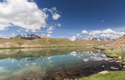 Chandrataal jezioro Zdjęcie Royalty Free