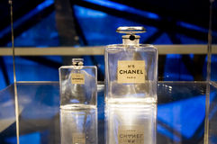 CHANEL perfume display Stock Photography