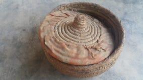 Changair è artigianato tradizionale della famiglia usato per la conservazione del pane caldo e caldo fotografia stock