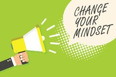 Changement d'apparence de note d'écriture votre mentalité La présentation de photo d'affaires remplacent votre annou mental de ha illustration stock