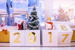 Changement de calendrier à 2018 Décoration de Noël atmosphérique et de nouvelle année photos stock