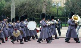 Changement de dispositif protecteur de Buckingham Palace Photos libres de droits