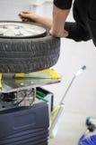 Changement de pneu Photo libre de droits