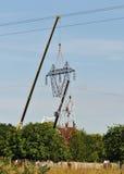 Changement supérieur d'un pylône électrique Photos stock