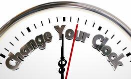 Changez votre temps en avant arrière de mains de tour d'horloges illustration stock