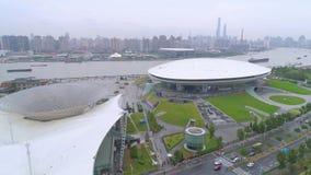 CHANGHAÏ, CHINE - 7 MAI 2017 : Vue aérienne du pavillon de Musée d'Art, ancien site d'expo à Changhaï clips vidéos