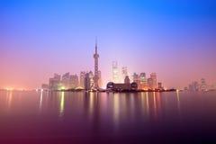 Changhaï dans le point du jour Images libres de droits