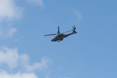 Changi, Singapur - febrero 6,2010: Helicóptero de ataque de RSAF AH-64 Apache Fotos de archivo libres de regalías