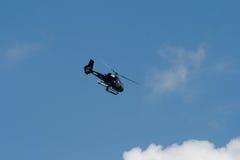 Changi, Singapur - febrero 6,2010: Helicóptero de Eurocopter EC130 B4 Fotos de archivo libres de regalías
