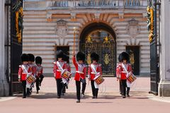 Changing the guard at the Buckingham palace Royalty Free Stock Photo