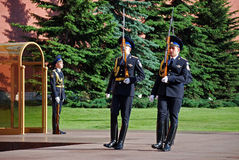 Changing of the guard at the Tomb of the Unknown Soldier in Aleksandrovsk to a garden. Moscow Royalty Free Stock Photography