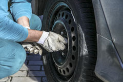 Changing tires Royalty Free Stock Photo