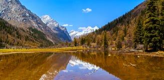Changping dolinna scena Siguniang góra zdjęcia royalty free