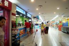 Changsha porslin: carrefoursupermarket Arkivbilder