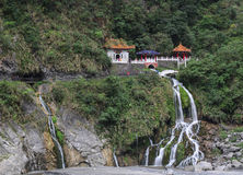Changshun tempel på berget i Hualien, Taiwan royaltyfria bilder