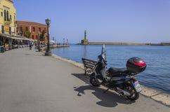 Chania - 21 de mayo - ciudad vieja de Chania en Creta en mayo Imagen de archivo