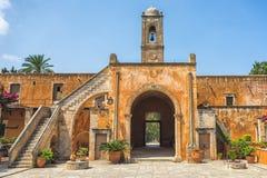 Chania, Grecia - agosto de 2017: Monasterio de Agia Triada Tzagaroli en la región de Chania en la isla de Creta, Grecia imagen de archivo