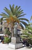 Chania, le 1er septembre : Statue du chef et du combattant de liberté Anognostis Mantakas de Chania en île de Crète de la Grèce photos stock