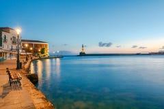Chania O porto velho na noite Fotografia de Stock Royalty Free