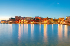 Chania O porto velho no nascer do sol Imagem de Stock Royalty Free