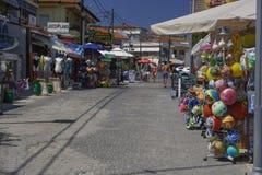 Chaniotis, boutiques locales de la Grèce sur les rues de ville Photo stock