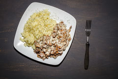 Chanterelles stewed z grulami Zdjęcie Stock