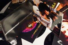 Chanteur célèbre et les films 1990 d'étoiles photos stock