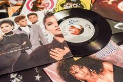 Chanteur célèbre et les films 1990 d'étoiles photo libre de droits