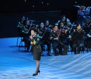 Chanteuse célèbre Dong Wenhua-theFamous de Chinois et classicconcert Image stock