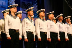 Chantez des soldats russes, du choeur et des solistes de la chanson et de l'ensemble de danse de la zone militaire de Léningrad Photos libres de droits