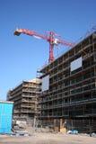 Chantier de construction avec la grue images libres de droits