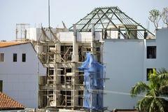 Chantier de construction de Balinese dans le processus, sécurité première Photos stock